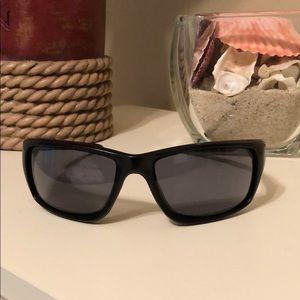 Oakley Men's Canteen Black Sunglasses